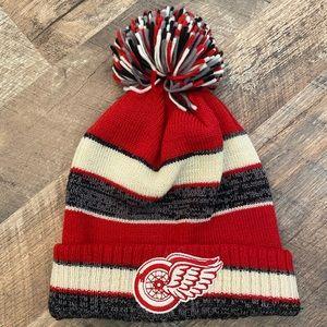 Detroit Red Wings winter hat.
